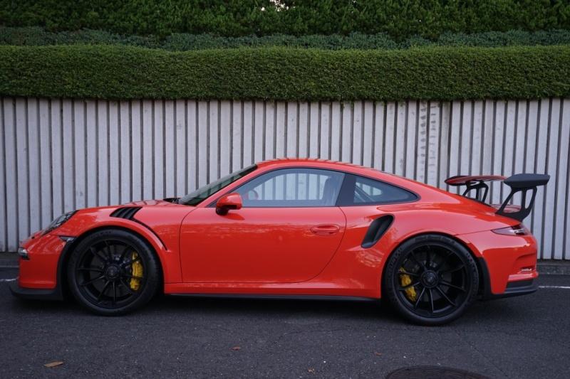 ポルシェ 911(Type991) GT3RS ディーラー車 フロントリフティング スポーツクロノPKG PCCB 多数OP付