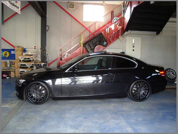 BMW E92 335iサイズ:20x8.5+35 / 20x9.5+38 カラー:フラットブラック/グロスブラックリム