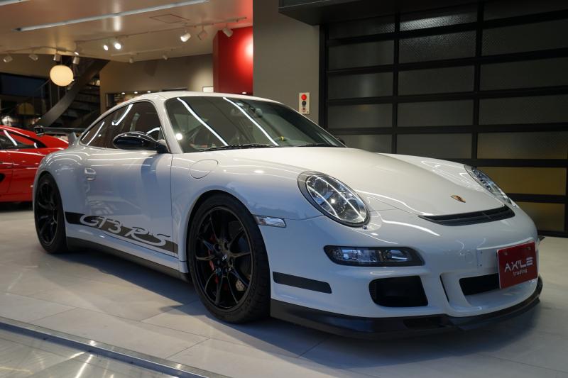 ポルシェ 911(Type997) GT3RS スポーツクロノPKG ロールゲージ レッドキャリパー 純正カーボン製バケットシート